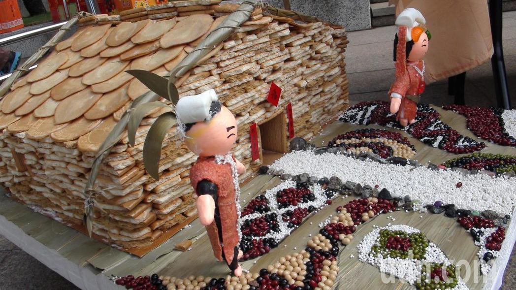 糖果屋在活動後展示在各店家或德旺商旅。記者謝恩得/攝影