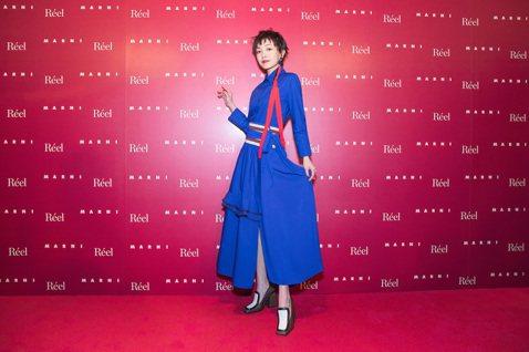 許久沒有新作在台推出的郭采潔,在兩岸三地當紅搶手,受邀出席時尚品牌MARNI在上海的慈善活動,成為首度受邀出席該品牌大陸活動的台灣藝人。她表示一直以來都很喜歡MARNI,以前經過他們店面的櫥窗,都覺...