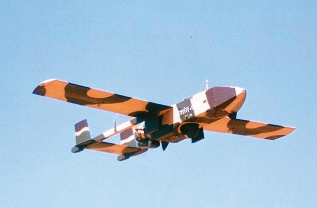 圖為印度陸軍一款無人偵察機資料照片,但入侵中國大陸是哪一款無人機,目前未有訊息公...