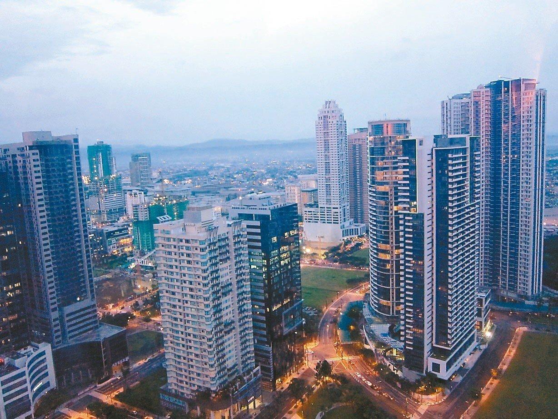 經濟部昨晚宣布,已在第廿三屆台菲(菲律賓)部長級經濟合作會議上,完成台菲投資保障...