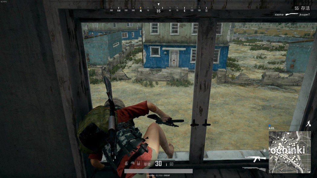 跳窗的同時會有附帶破窗音效