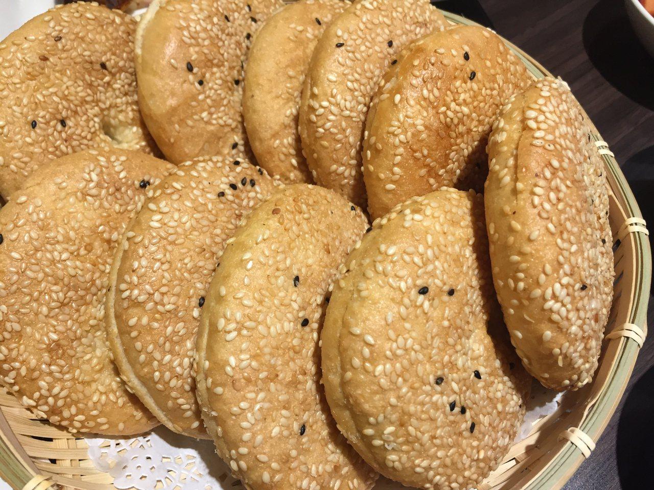 馬祖版的漢堡「繼光餅」。記者余采瀅/攝影