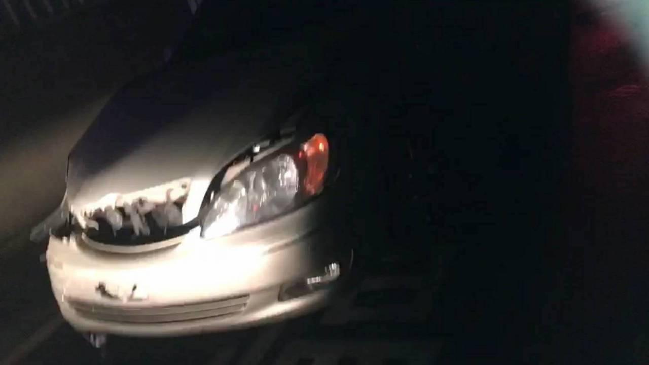 陳姓男子酒駕開車,撞凹別人轎車。記者郭宣彣/翻攝