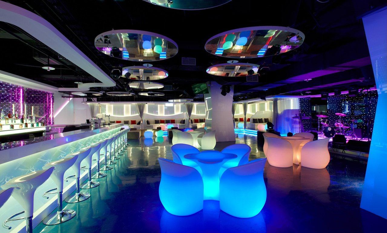 到澎湖跨年,星級酒店推出買一送一。圖/福朋喜來登提供