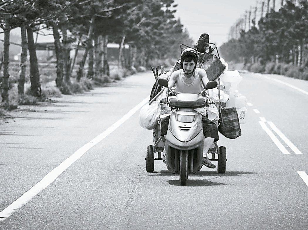 「大佛普拉斯」創下黑白片在台灣的賣座奇蹟。圖/甲上提供