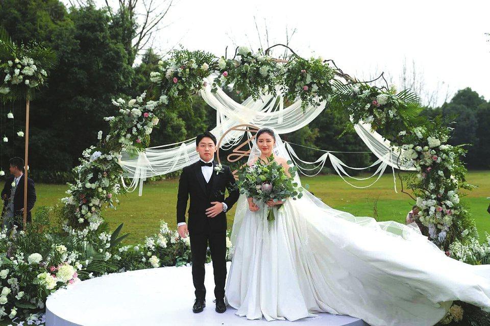 鄒凱大婚體操夢之隊重聚 伴郎伴娘中有五奧運冠軍   李寧、李大雙、李小雙、楊...