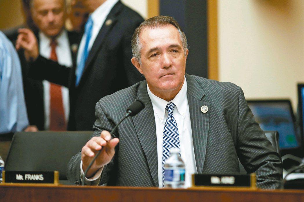 美國亞利桑納州共和黨眾議員法蘭克斯因性醜聞請辭。 路透