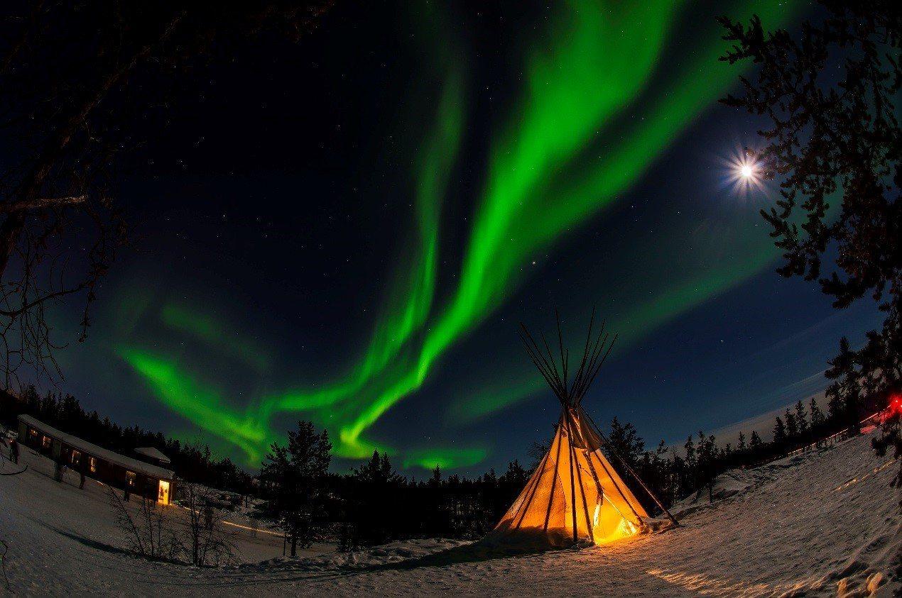 黃刀鎮極光。2016有行旅極光攝影團員林文清拍攝。