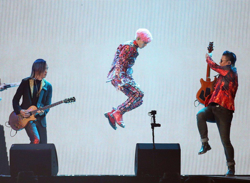 畢書盡9日在台北小巨蛋開唱。記者陳瑞源/攝影