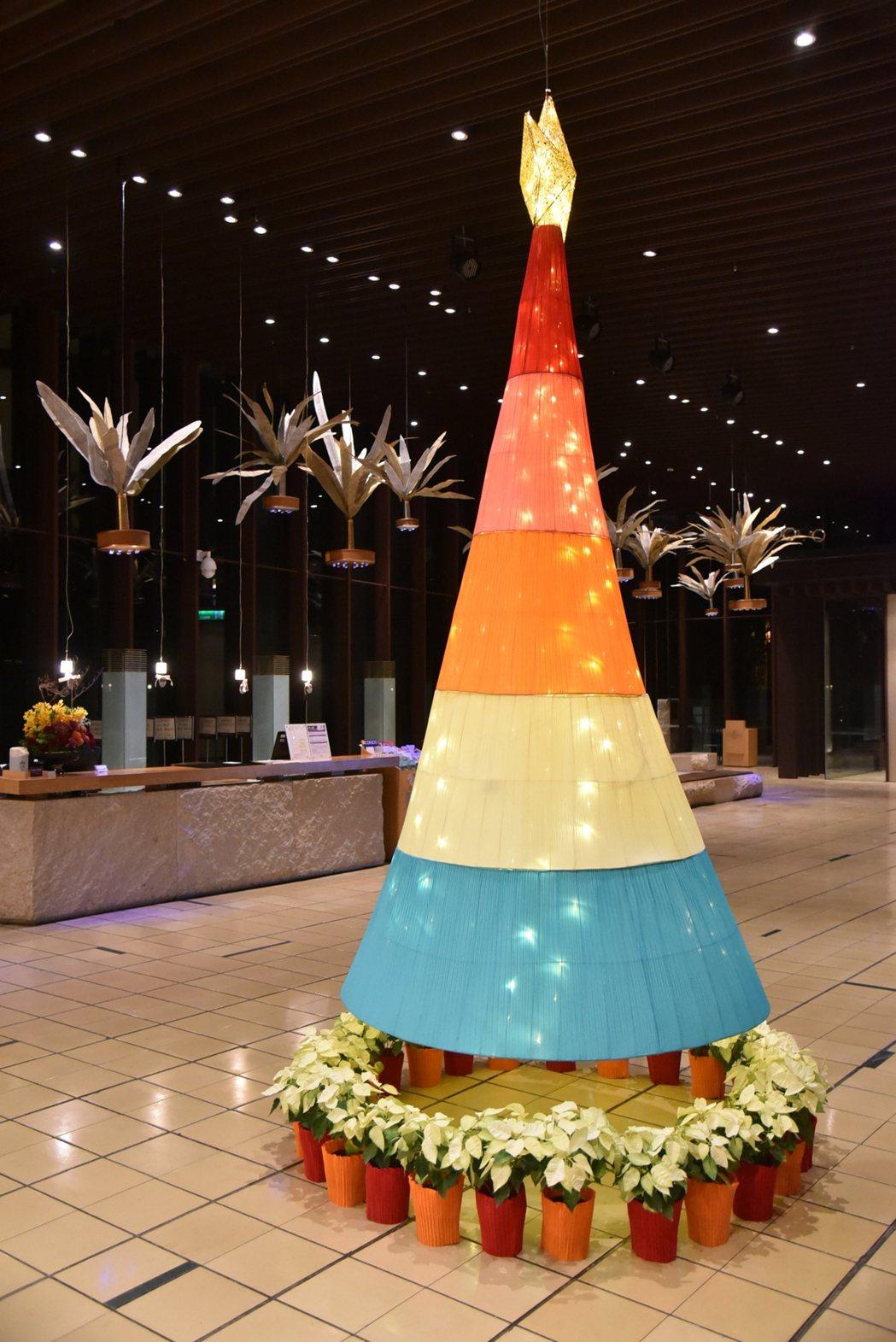 礁溪老爺酒店耶誕樹迎賓。圖/礁溪老爺提供