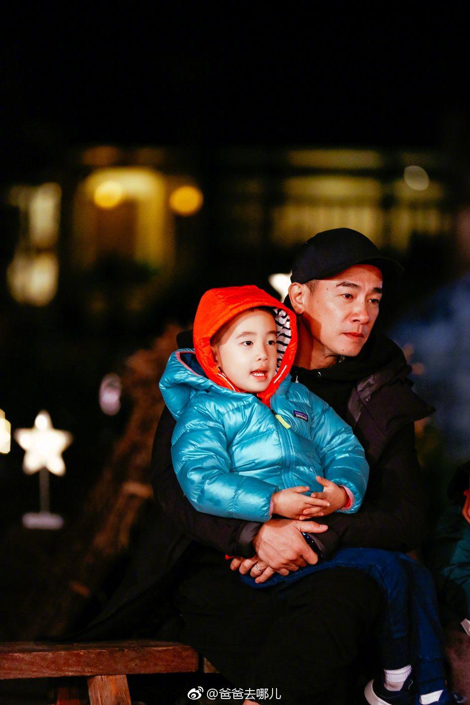 陳小春與兒子Jasper的相處是「爸爸去哪兒5」的大亮點。圖/摘自微博