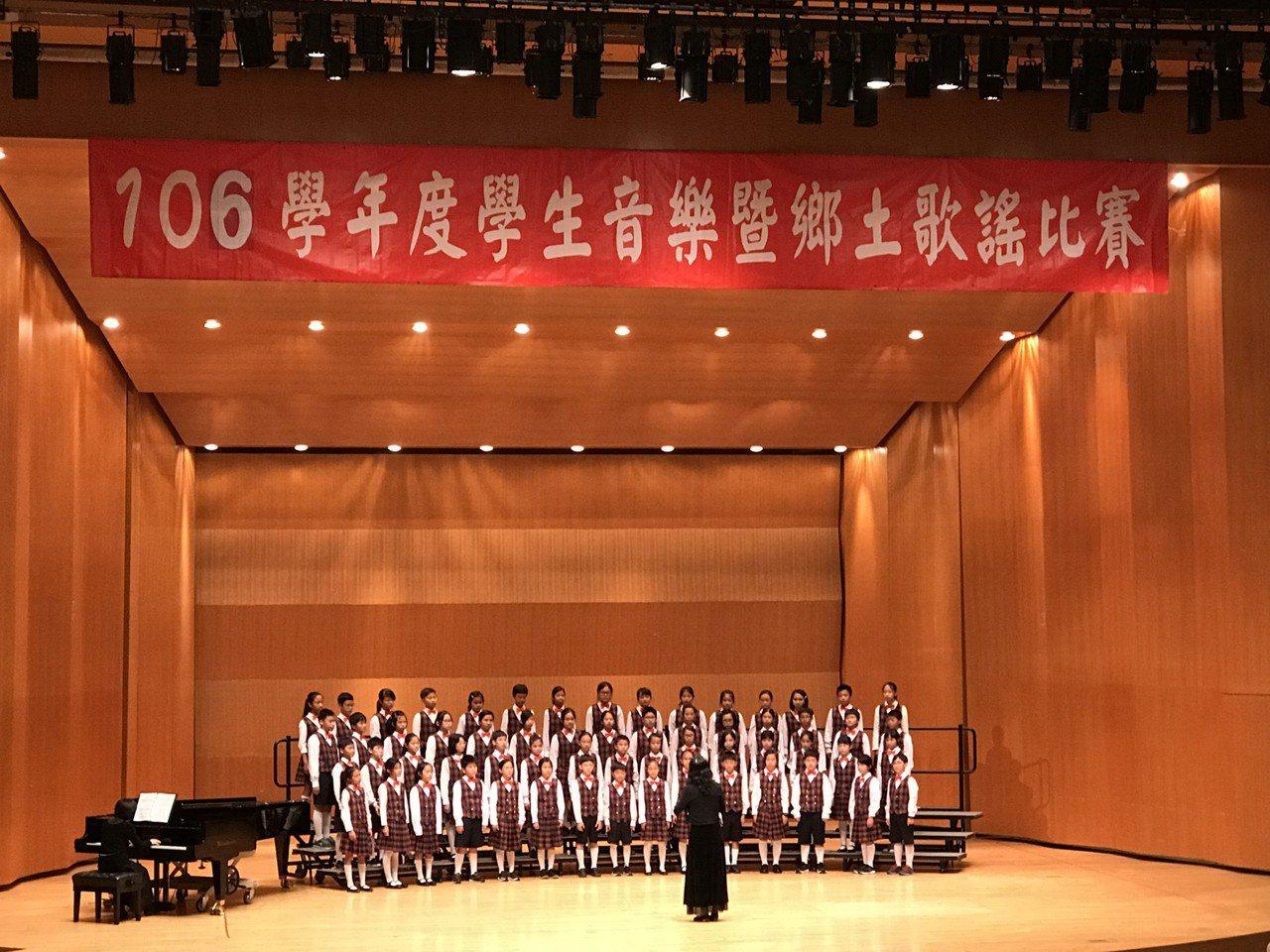 龍山國小同聲合唱國小團體組榮獲特優,進入全國賽。圖/新竹市府教育處提供