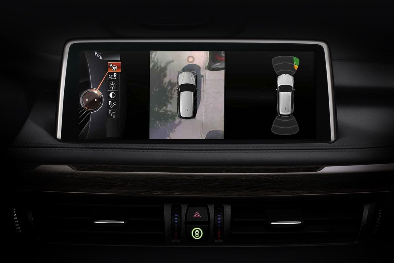 BMW X5 xDrive35i榮耀典藏版標準配備 - 360度環景輔助攝影。圖...