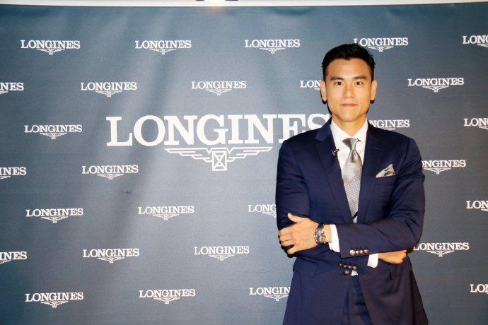 彭于晏在香港出席品牌活動,被追問好友余文樂是否快要當爸。圖/摘自微博