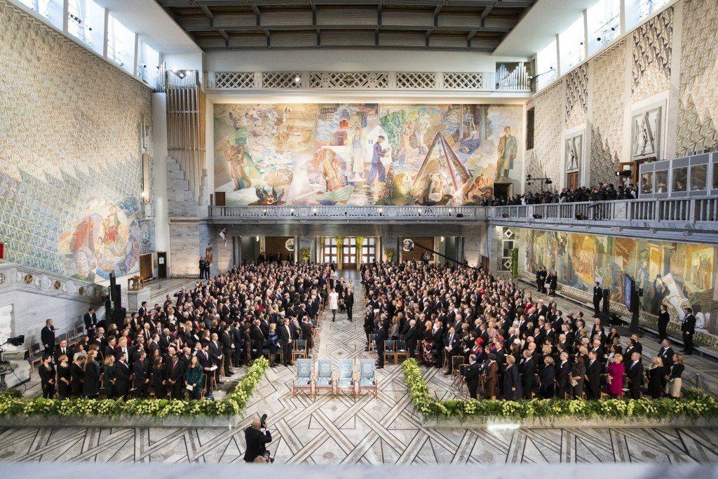 2017年諾貝爾獎頒獎儀式10日在瑞典首都斯德哥爾摩舉行,1500多名來自瑞典王...