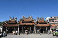 列冊追蹤或失蹤?——由三峽祖師廟事件看官方文資保存的怠惰