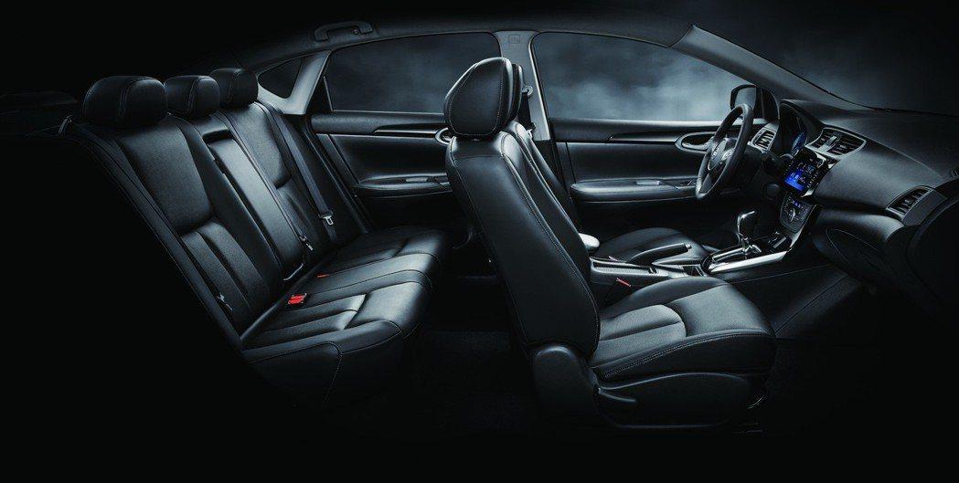 NISSAN SENTRA全車採舒適真皮包覆式座椅。 圖/裕隆日產提供