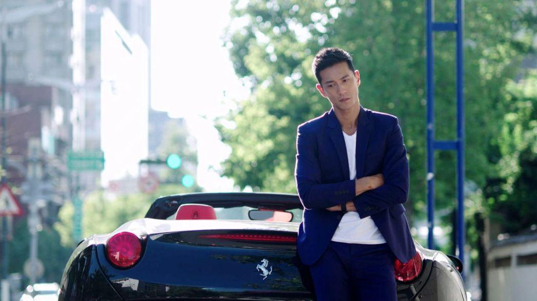鍾承翰在「已讀不回的戀人」的演出獲讚超帥。圖/台視提供