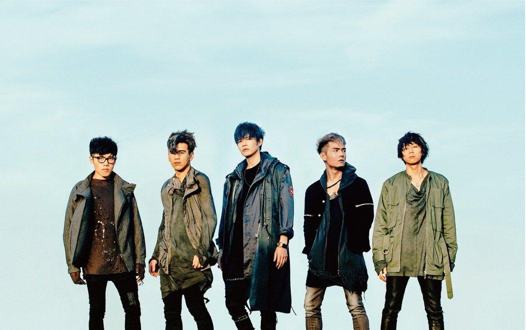 八三夭受邀擔任「第二屆A-Line巨星挑戰賽」表演嘉賓。圖/A-Line提供