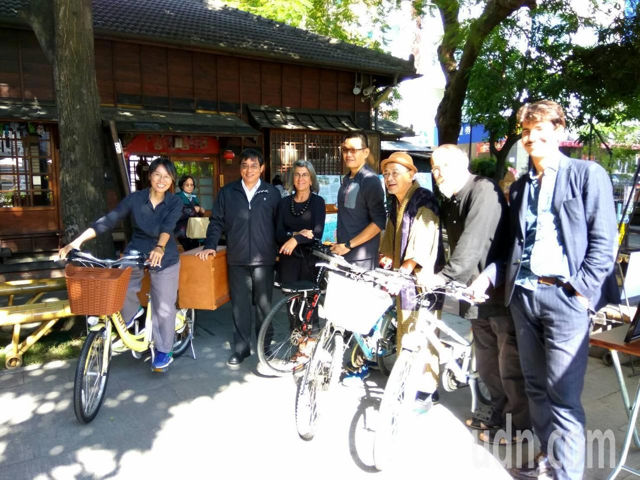 騎腳踏車說故事,走讀台灣,將是故事館10歲生日的重頭戲。記者蔡維斌/攝影