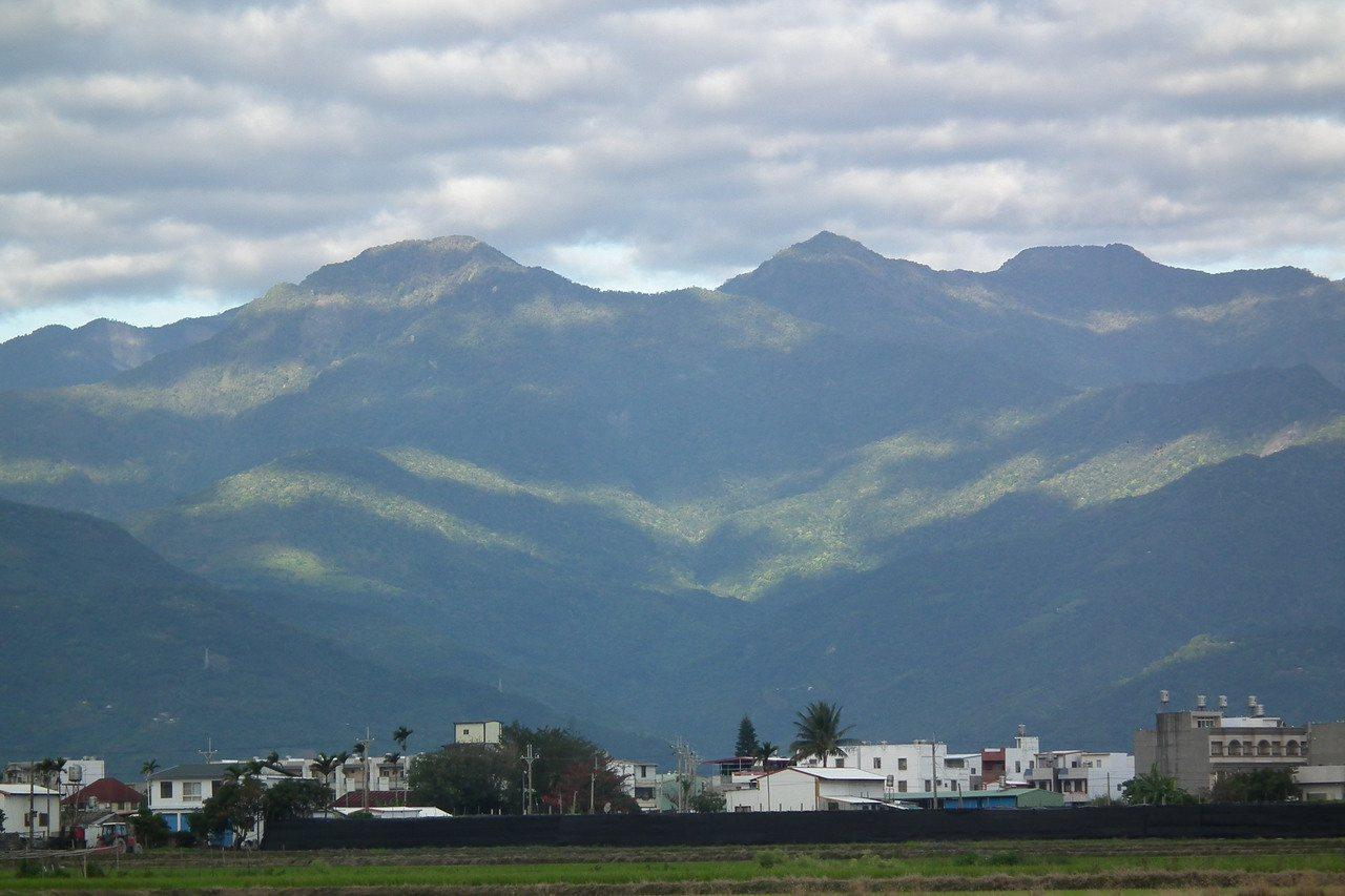 全台空汙問題日趨嚴重,只剩下台東縣為二級符合空氣品質標準,成了名符其實的「淨土」...