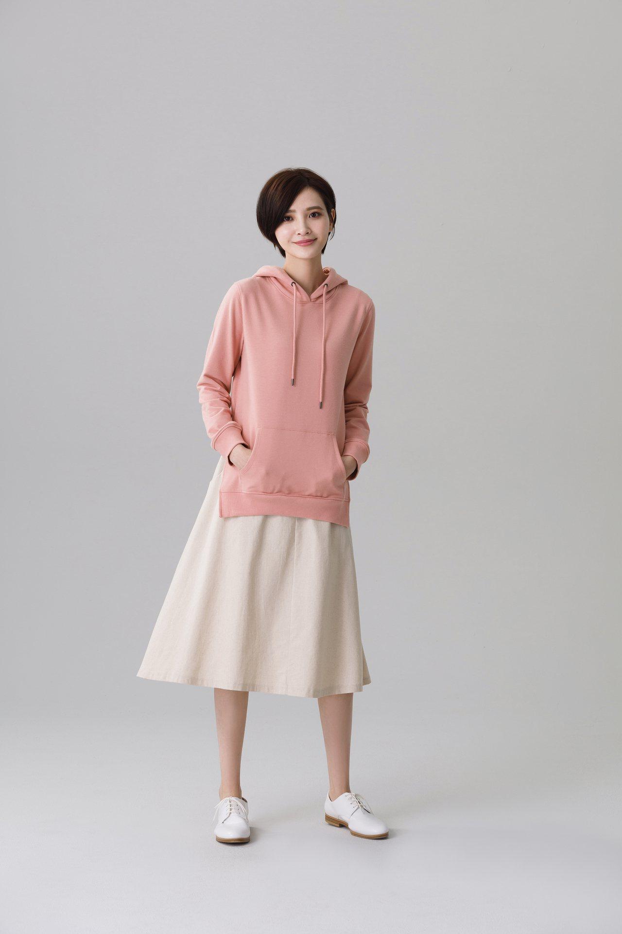范瑋琪自創服飾品牌GENQUO以舒服的生活為出發點。圖/momo購物網提供