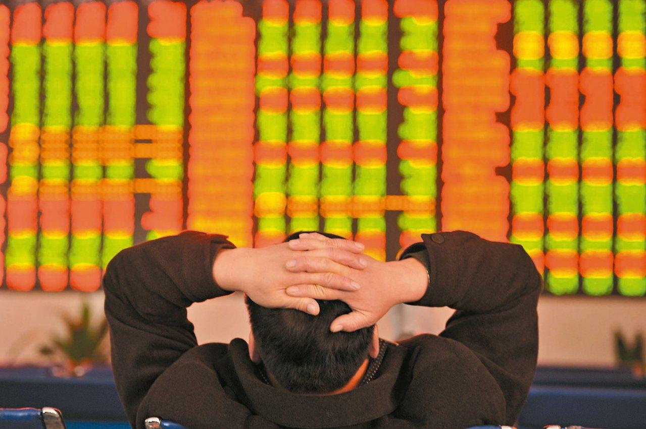 大陸A股市場年末總算帳,股票總市值逾人民幣60兆元;不過,下跌個股占A股總體家數...
