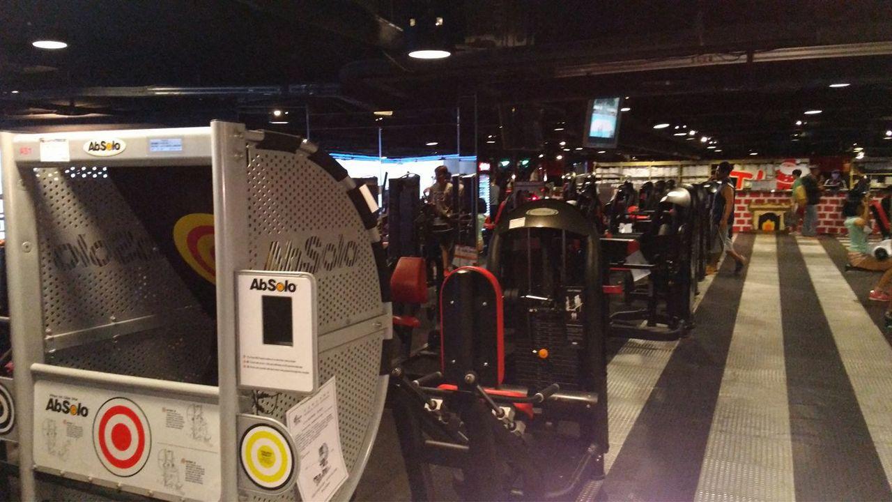 北市議員梁文傑認為,如果用人體發電,那麼全台健身房加起來也許可抵得上一座電廠。圖...