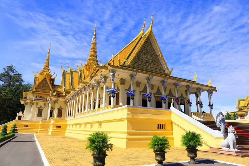 柬埔寨國王西哈莫尼接見外賓都在皇宮。 攝影/張世雅