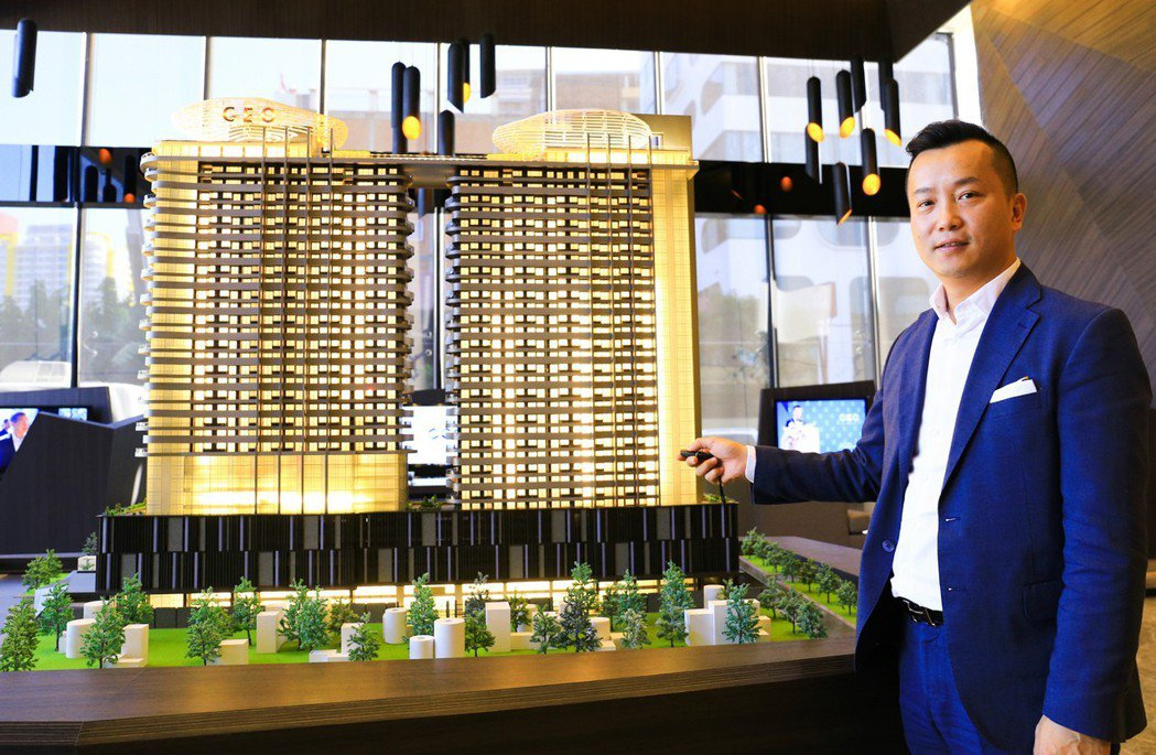 利鑫集團執行長許銘釗在金邊一環區推出地標型商務大樓「太平洋CEO」。 攝影/張世...