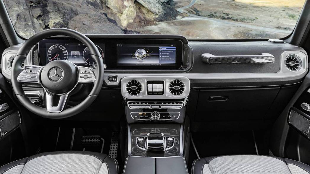 新一代G-Class內裝風格趨向高科技設定,相較以往風格略有不同。 圖片來源:M...
