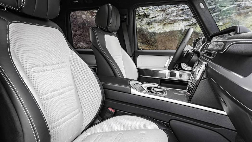 座椅採全新造型設計,進一步提升乘坐舒適性與包覆性。 圖片來源:M.Benz