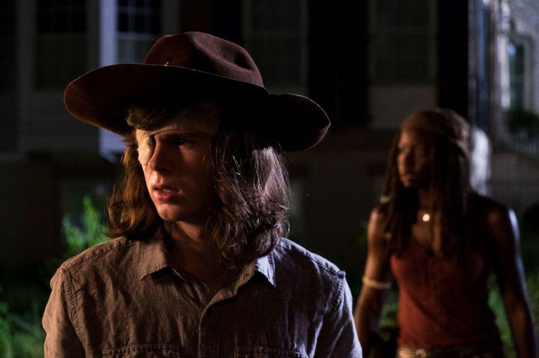 已經快滿18歲的錢德勒里格斯即將離開「陰屍路」,粉絲震驚。圖/摘自AMC