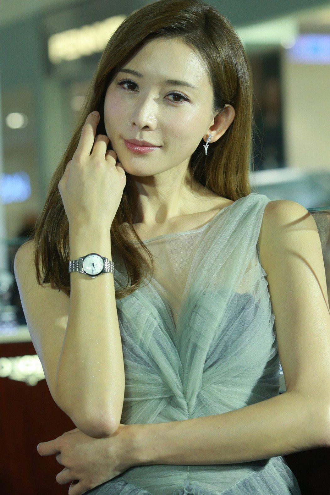 林志玲出席浪琴表新店開幕活動,依舊美麗優雅。記者劉學聖/攝影