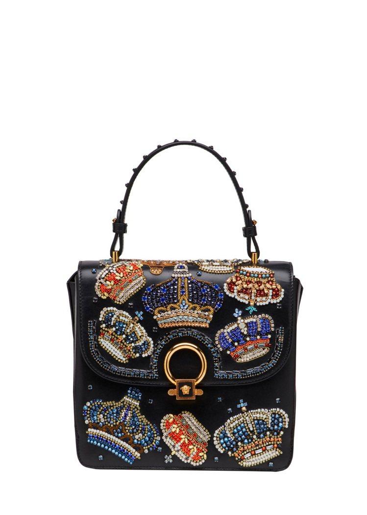 Versace DV One 水晶皇冠裝飾提包,13萬7,500元。圖/Vers...
