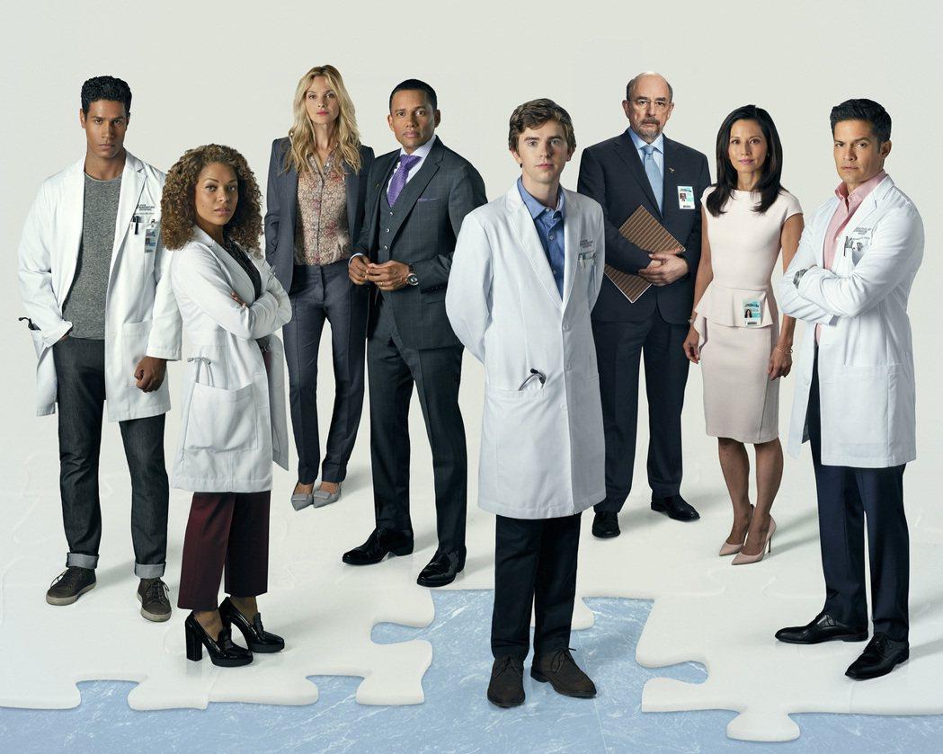 「良醫墨非」是美國今秋最火最熱的新戲。圖/Star World提供