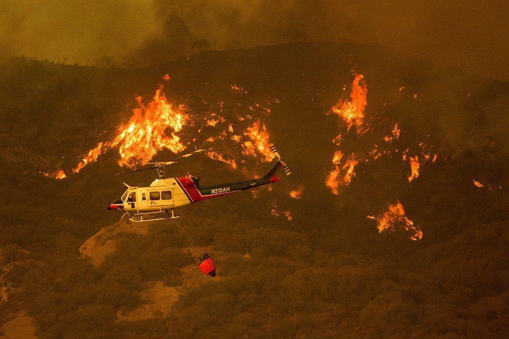 洛杉磯大火已燃燒近兩周。 美聯社