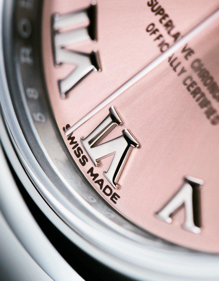型號279160/直徑28毫米/904L鋼錶殼/2236型機械機芯/動力儲備約5...