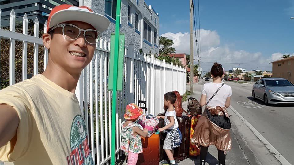 浩子帶著家人遊玩世界各地。圖/擷自臉書