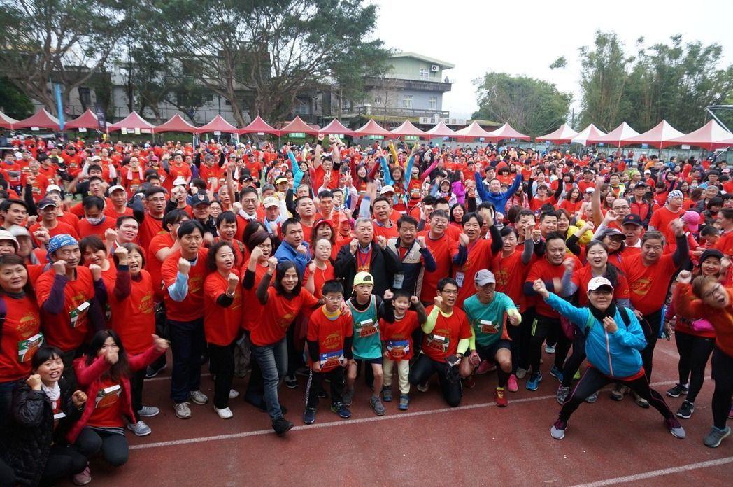新竹縣峨眉鄉公所今年2月舉辦大桔大利路跑,吸引近3千人參加,明年2月要再辦一場。...