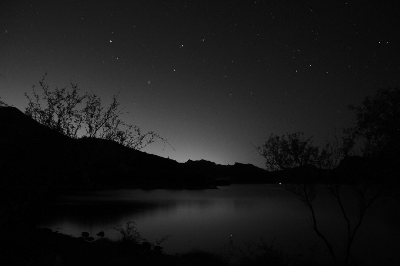 「那是一個很安靜、很安靜夜晚……」 圖取自Flickr