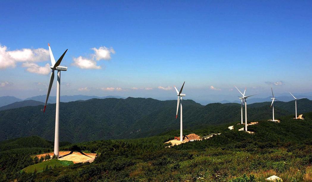 南韓風力發電機組。歐新社