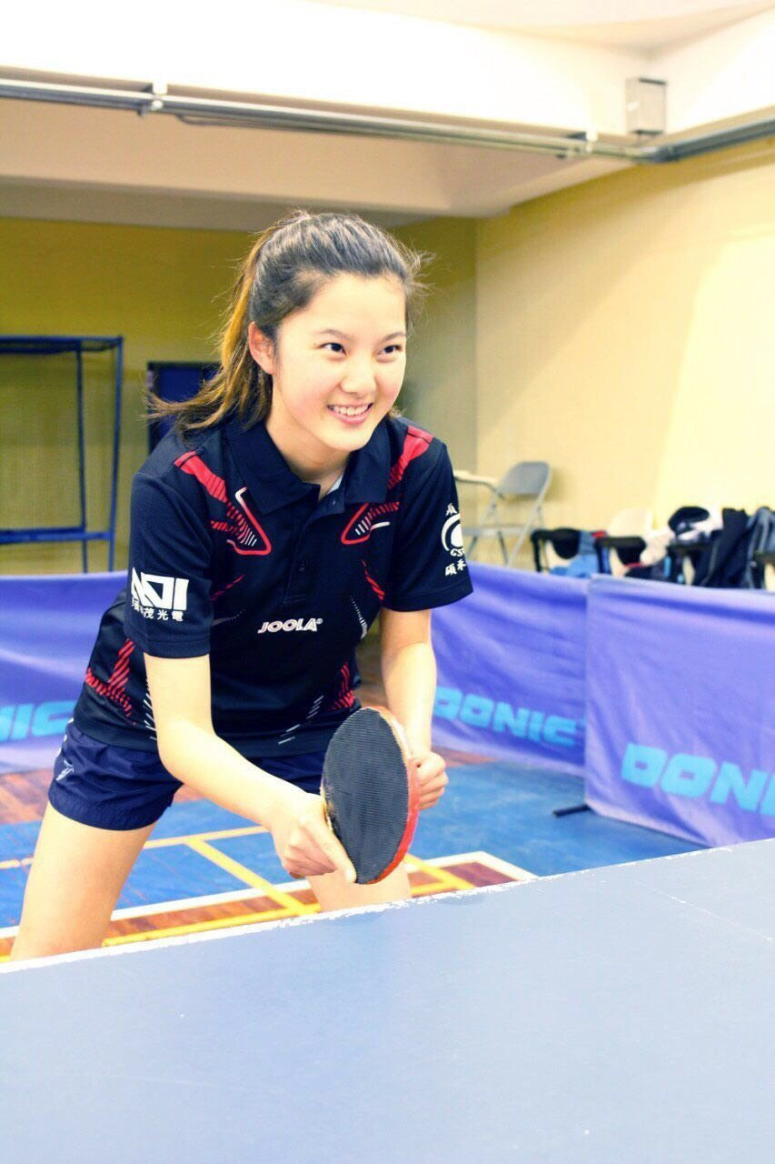 邱怡澍為清華大學桌球校隊選手。圖/清大提供