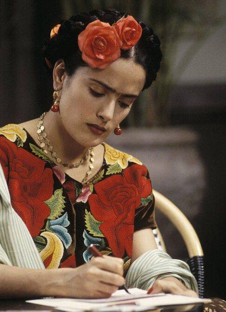 莎瑪海耶克在「揮灑烈愛」犧牲美貌,得到奧斯卡影后提名。圖/摘自imdb