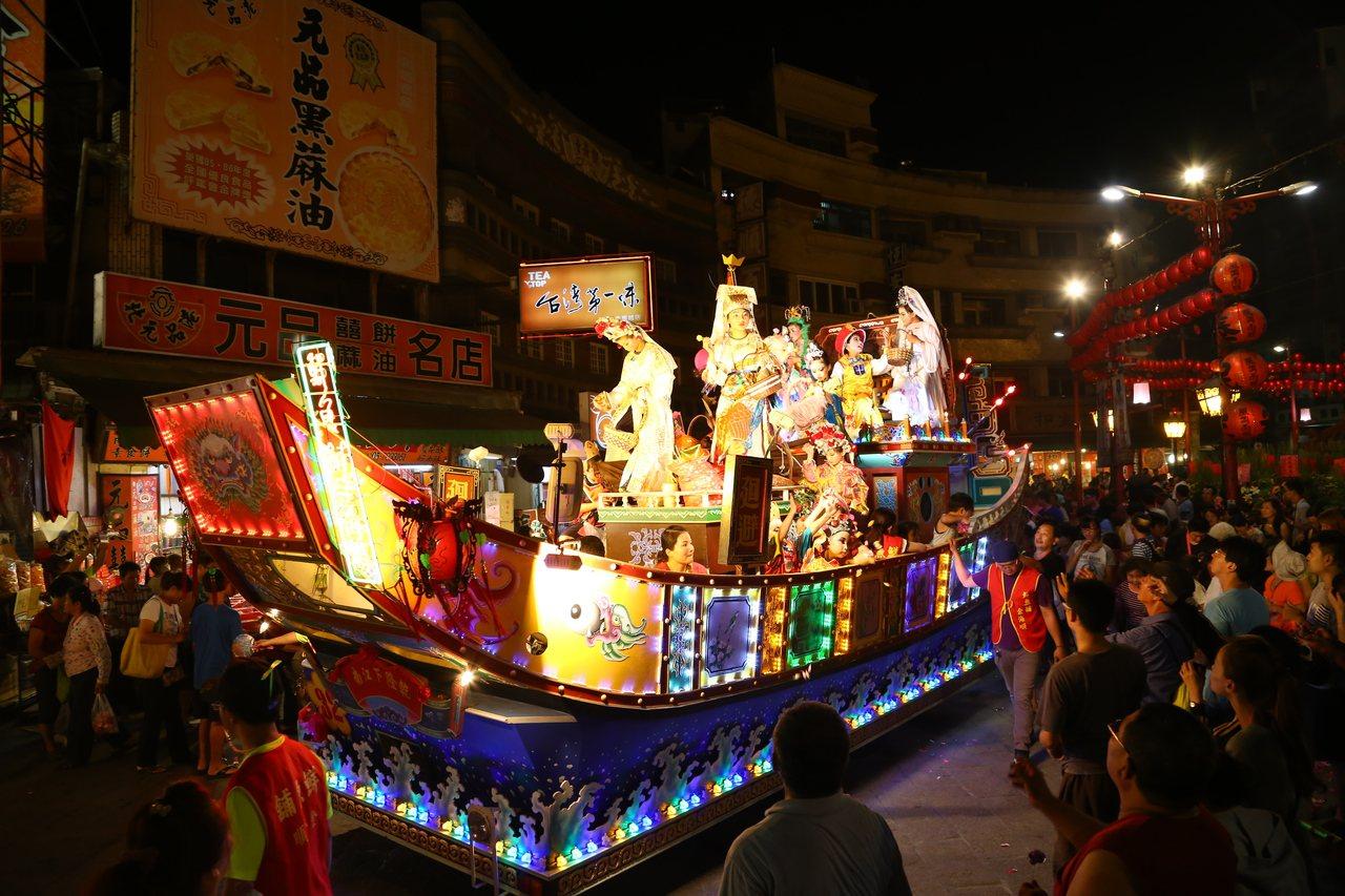 北港藝閣遊行是台灣最具特色的百年藝陣之一。記者蔡維斌/存檔照片