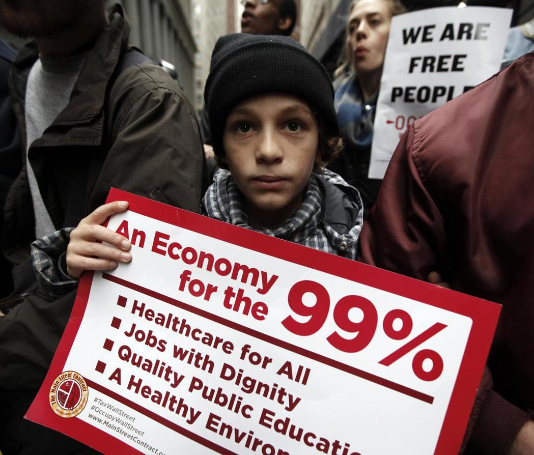 富人更富可以惠及窮人?雷根經濟學的這項主張其實飽受批評。 圖/路透社