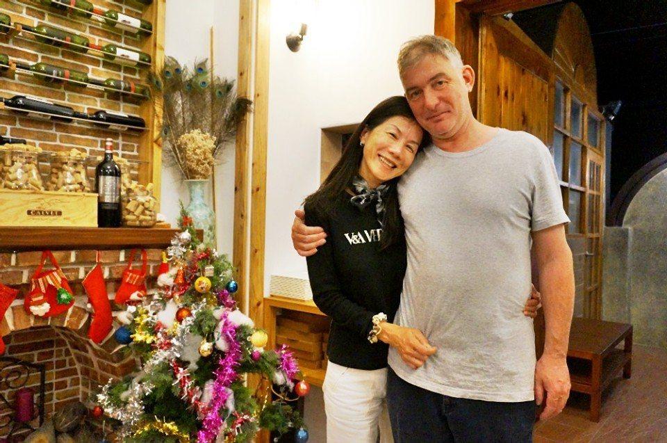 幸福的Cindy與Peter。(攝影/林郁姍)