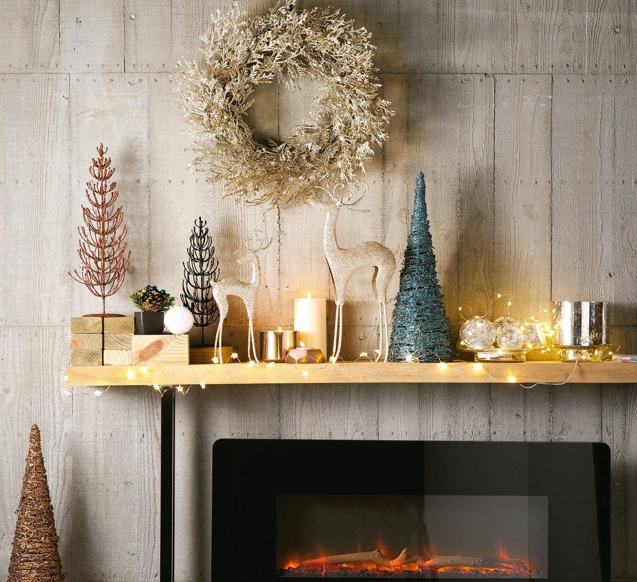 耶誕擺飾搭配燈光,很有氣氛。圖/HOLA提供