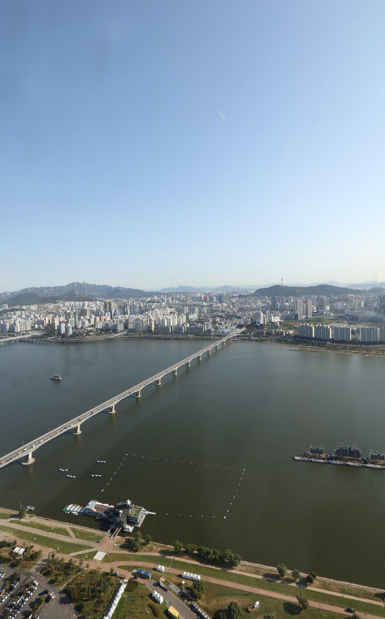 首爾漢江空拍資料照。歐新社