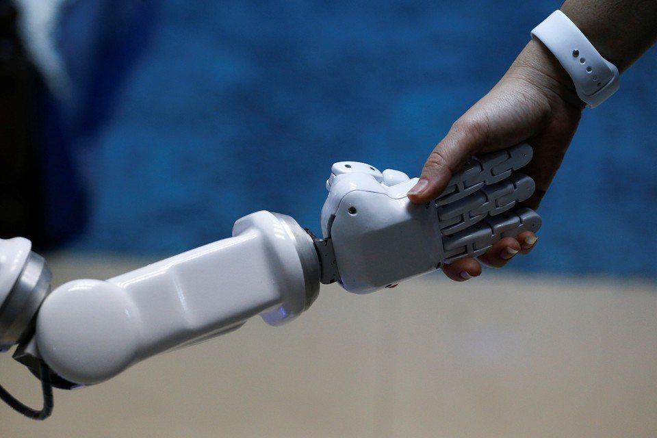 資誠指出,2030年人工智慧將為全球GDP帶來14%的成長。(路透)